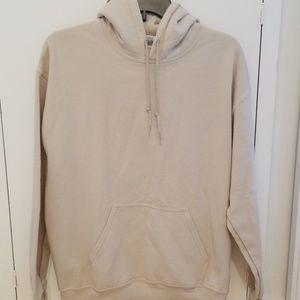 Gildan Heavy Blend tan pullover hoodie